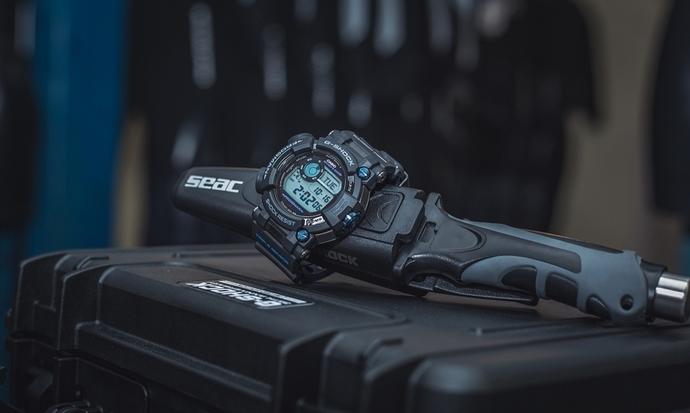 casio-g-shock-master-of-g-frogman-gwf-d1000b-1-ltd-gwf-d1000b-1ltd-mood-3