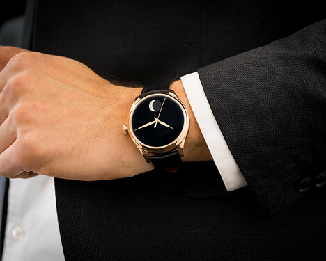 Endeavour-Perpetual-Moon-Concept-Only-Watch_1801-0401_Lifestyle02-e1562315586947