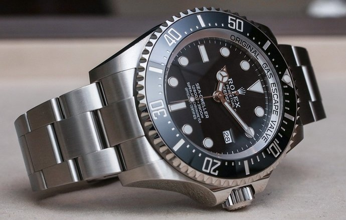 Rolex-Deepsea-126660-watch-4