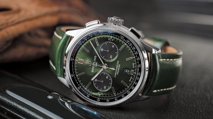 01_premier-b01-chronograph-42-bentley-british-racing-green-with-a-british-racing-green-leather-strap_20432
