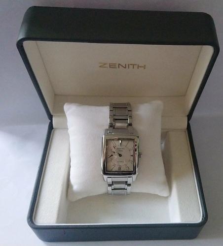 Zenith in de doos