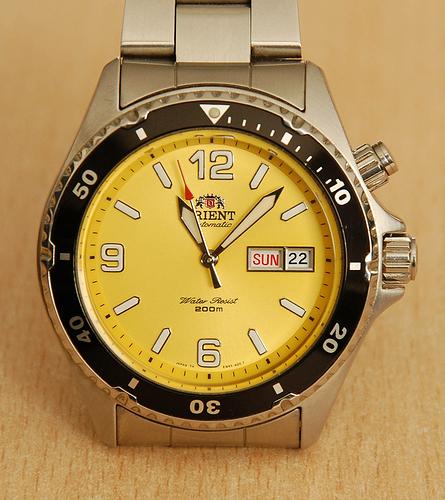 Mako-1-yellow
