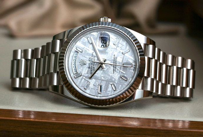 Rolex-Day-Date-40-Meteorite-Dial-228239-White-Gold-President-aBlogtoWatch-12