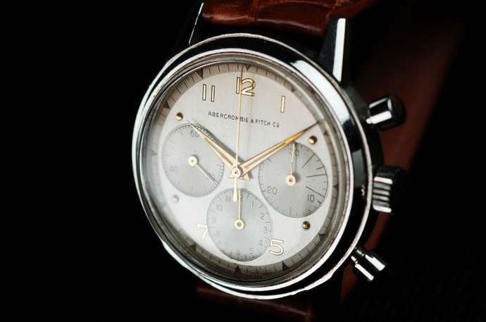 The-vintage-corner-Abercrombie-and-Fitch-1950s-Tri-Compax-Chronograph-2-768x509