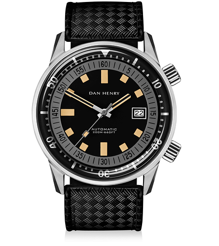 Dan_Henry_1970_Automatic_Diver_Grey_44mm_1000x