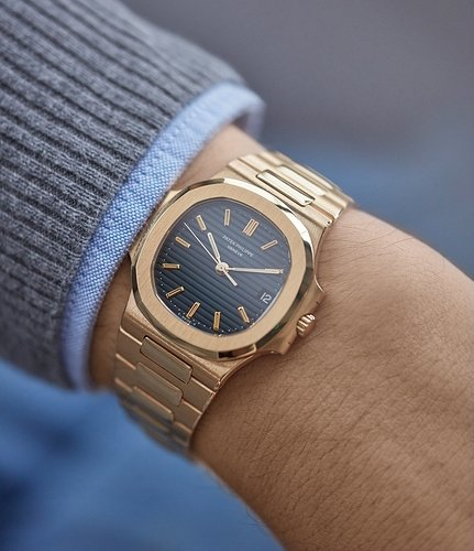 Patek_Philippe_Nautilus_3800_yellow_gold_watch_at_A_Collected_Man_London6