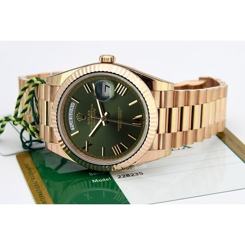 rolex-day-date-40-rose-gold-green-olive-dial-228235-watch-chest-4