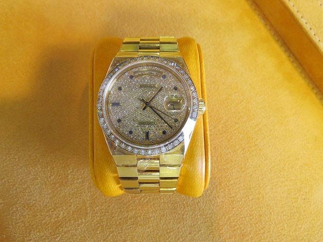 rolex-day-date-oysterquartz-for-sale-03_1_orig (1)