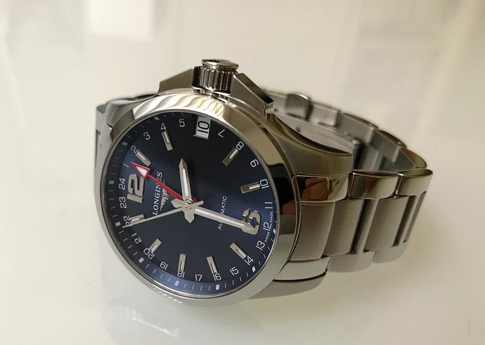 6 Conquest GMT Automatic [ Prive ] 01