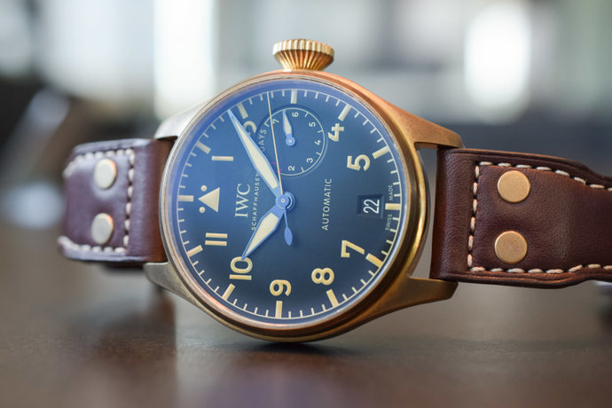 IWC-Big-Pilot's-Watch-Heritage-Bronze-IW501005-7-768x512