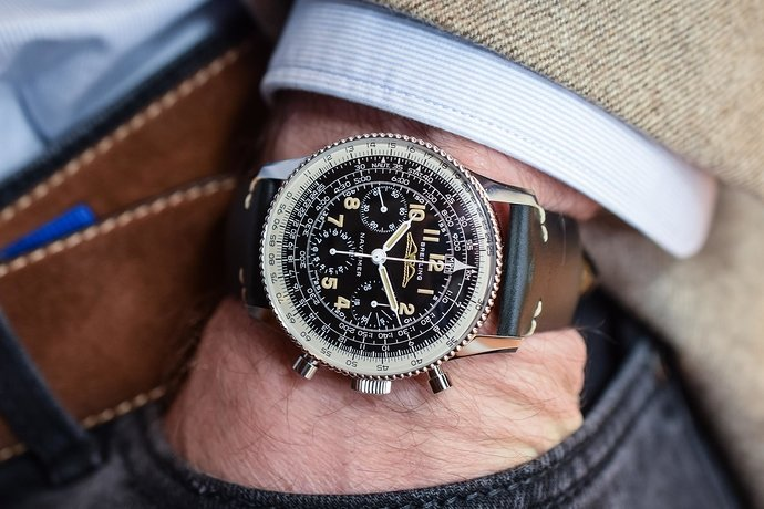 Breitling-Navitimer-Ref-806-1959-Re‑Edition-review-3