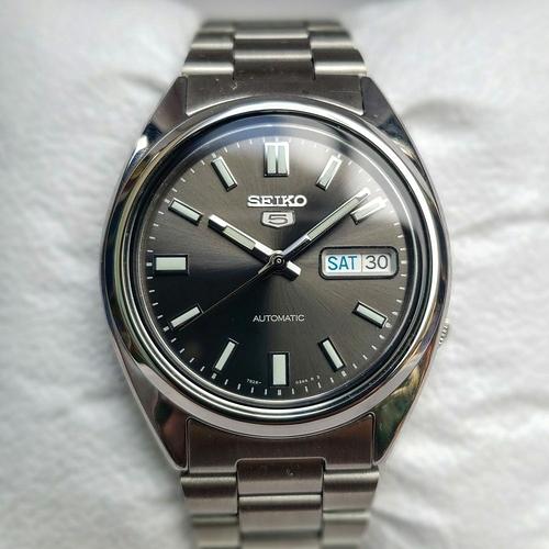 Seiko-5-SNXS79-1-e1595774061367