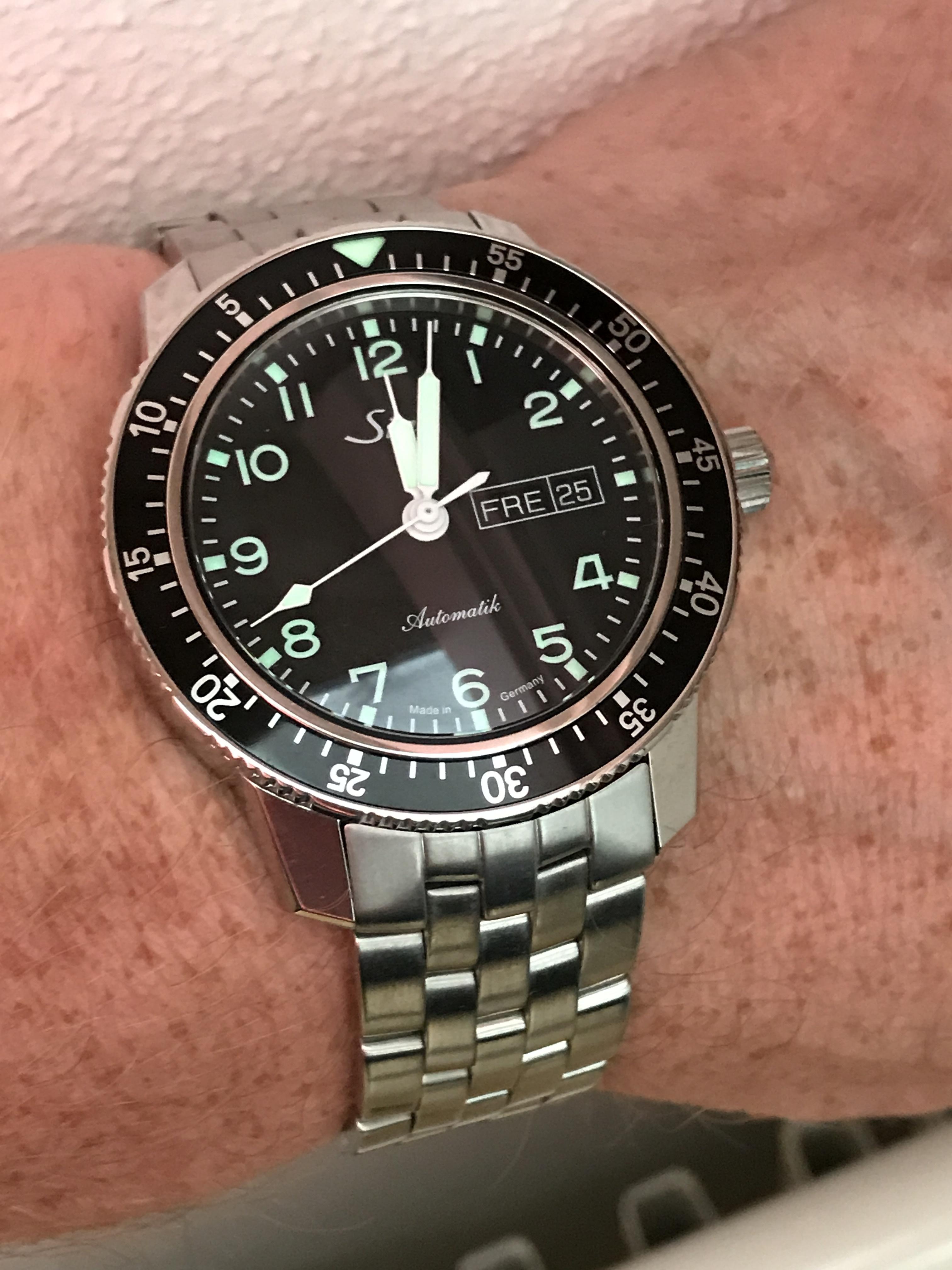Aankoop nieuw dagelijks horloge van maximaal 2000 euro for Sitzkissen gunstig 1 euro