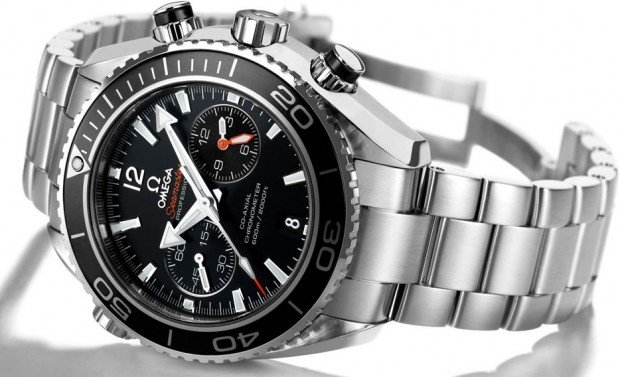 omega-Seamaster-Planet-Ocean-45-50-mm-Chronograph-620x377
