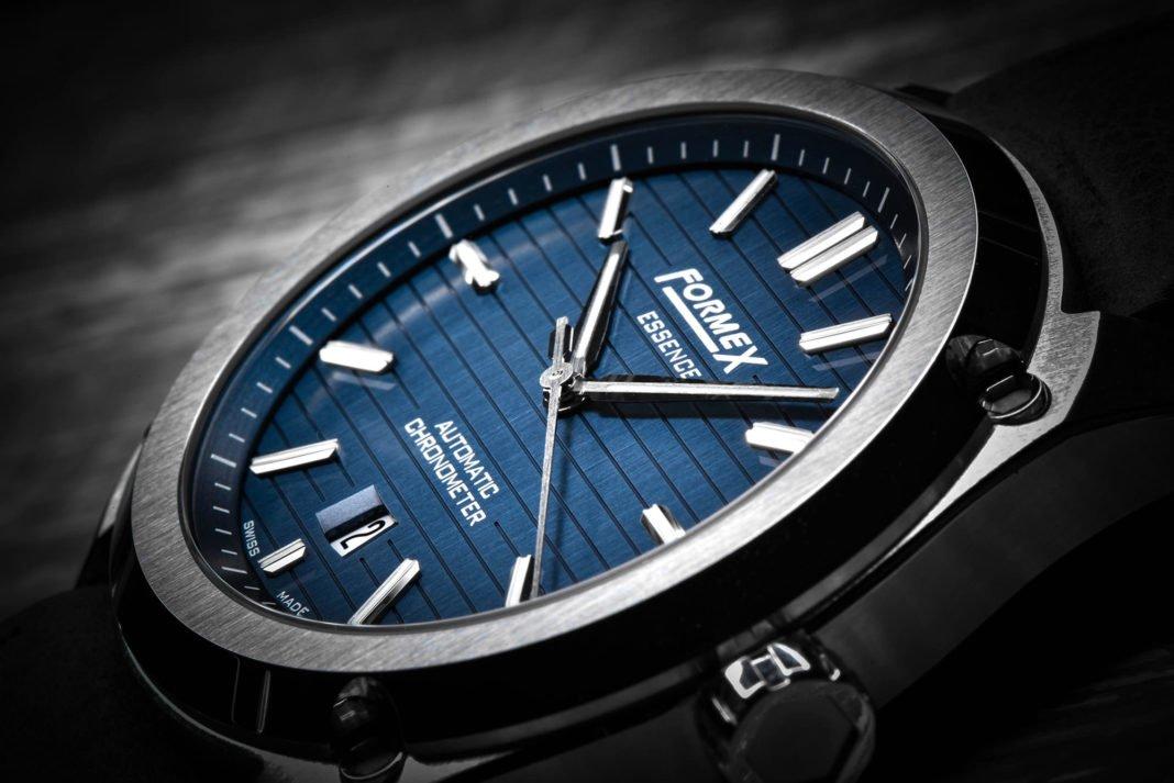 formex-essence-automatic-chronometer-blue-7-1068x713