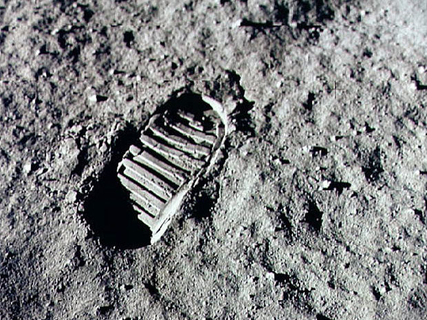 neil-armstrong-one-small-step-for-a-man1
